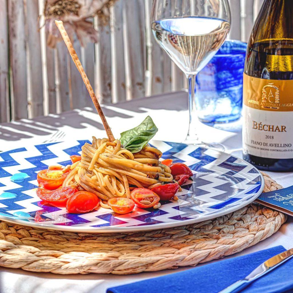 Italian Pasta wine restaurant Tonno e Campari by Gocce